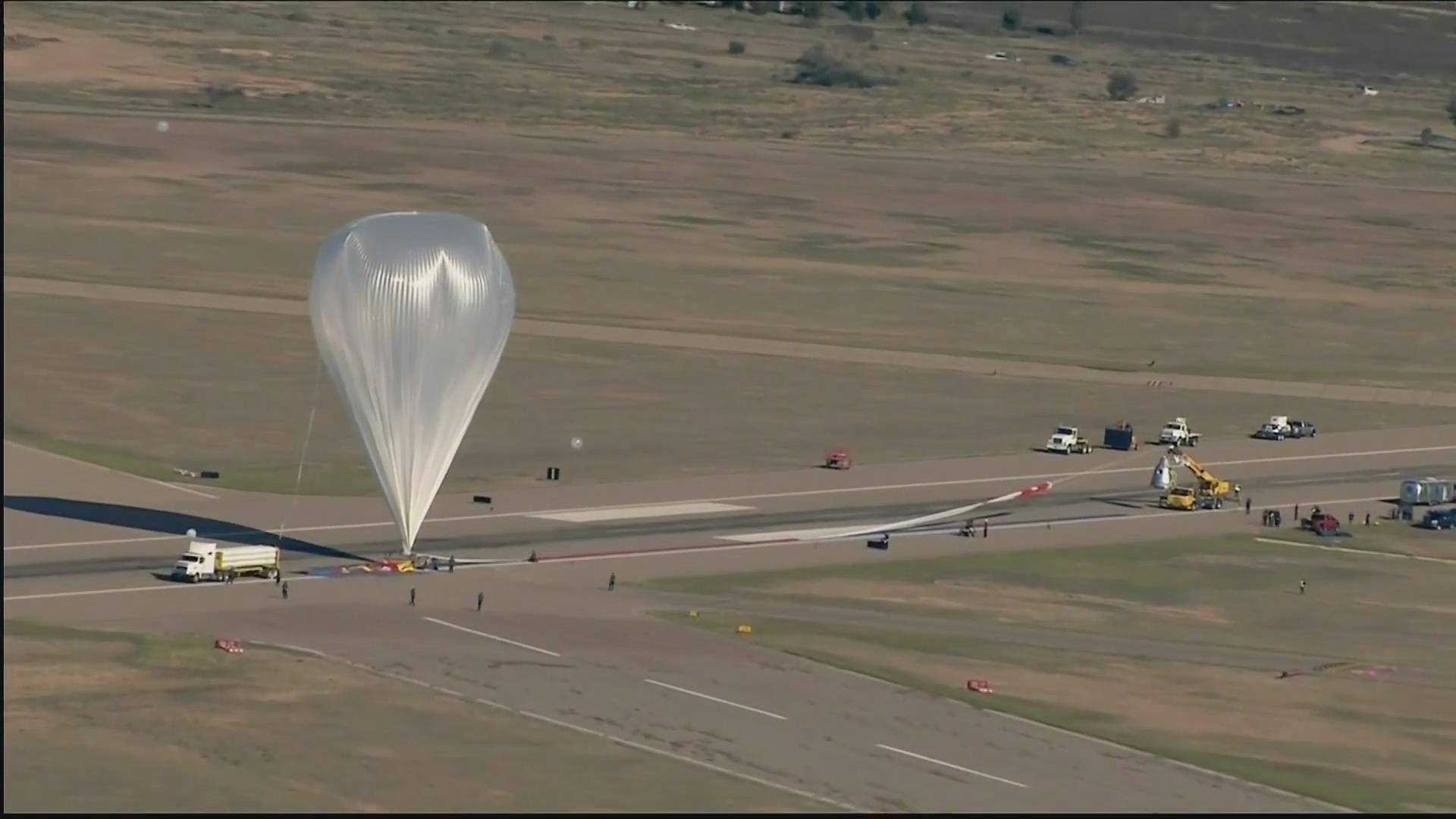 3万9千米超音速跳伞全程精彩镜头集锦