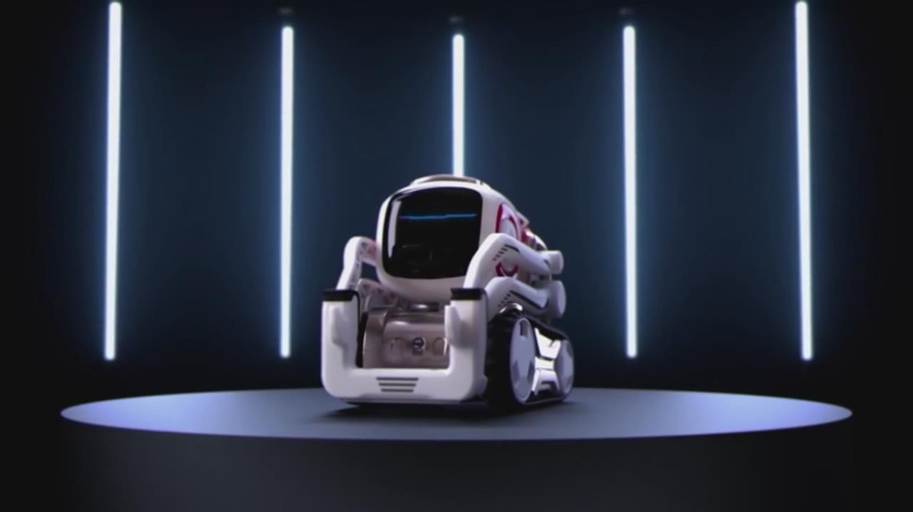 蠢萌版本的小机器人