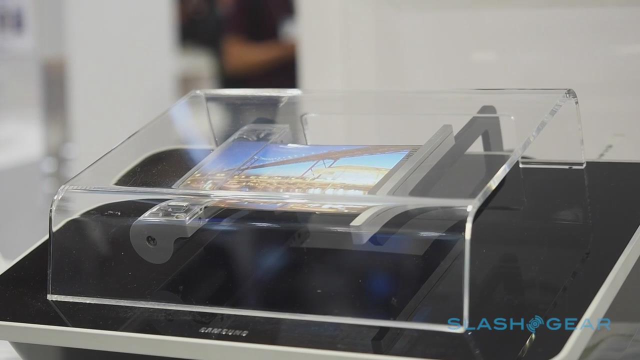 三星展示真实可显示卷轴型OLED屏幕!